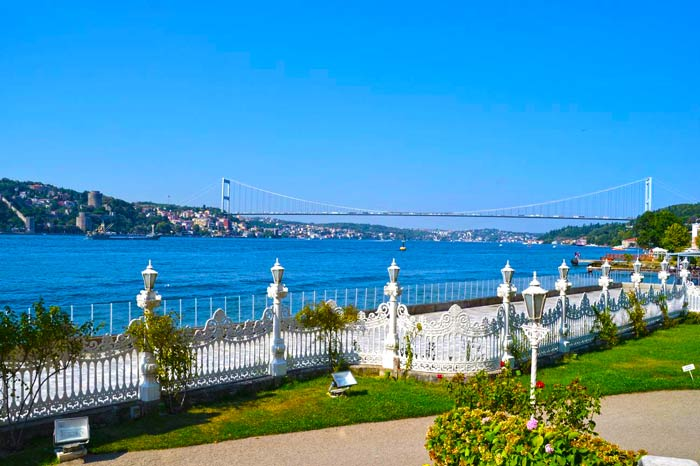 Bosphorus private tours Istanbul