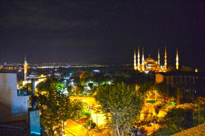 Private tour Istanbul night